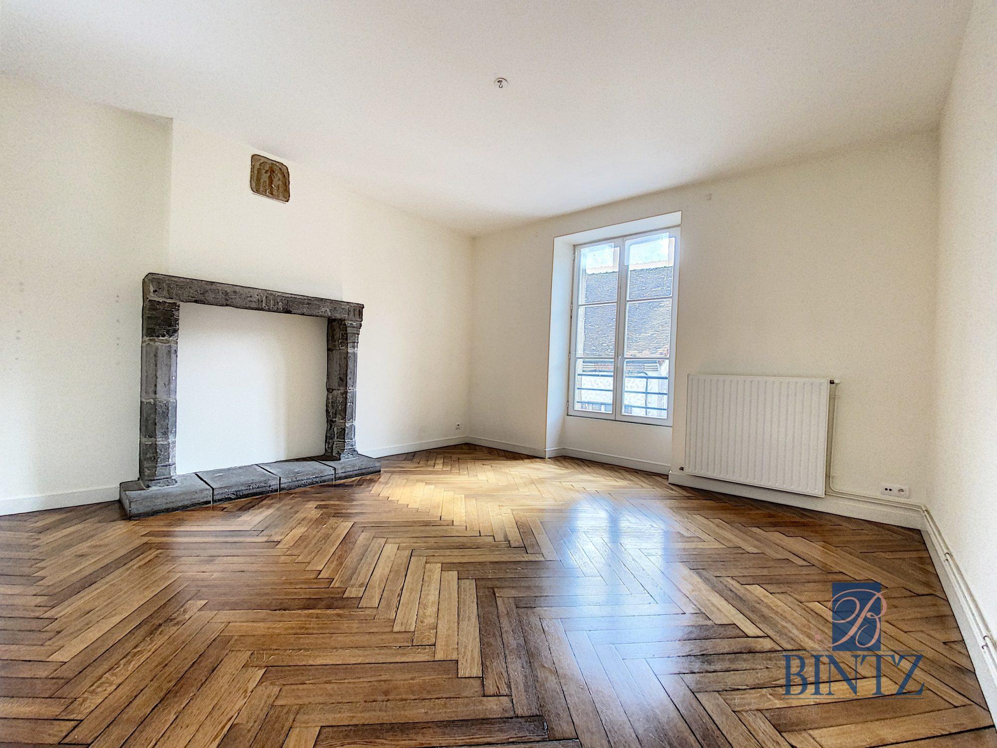 3 pièces toulon/arroux 1er maison de maitre - Devenez locataire en toute sérénité - Bintz Immobilier - 2