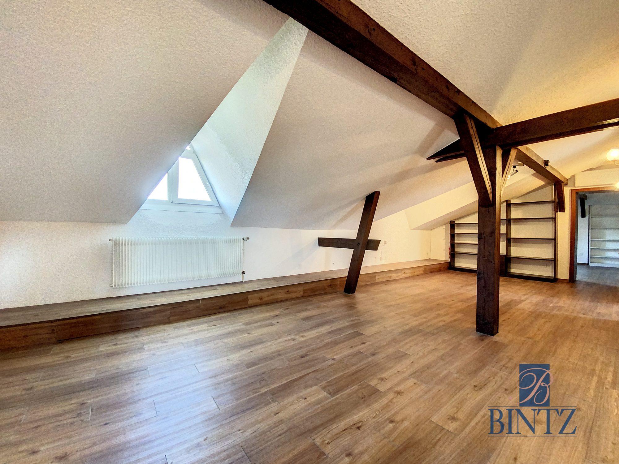 DUPLEX PLACE DE L'UNIVERSITÉ AVEC TERRASSE - Devenez locataire en toute sérénité - Bintz Immobilier - 9