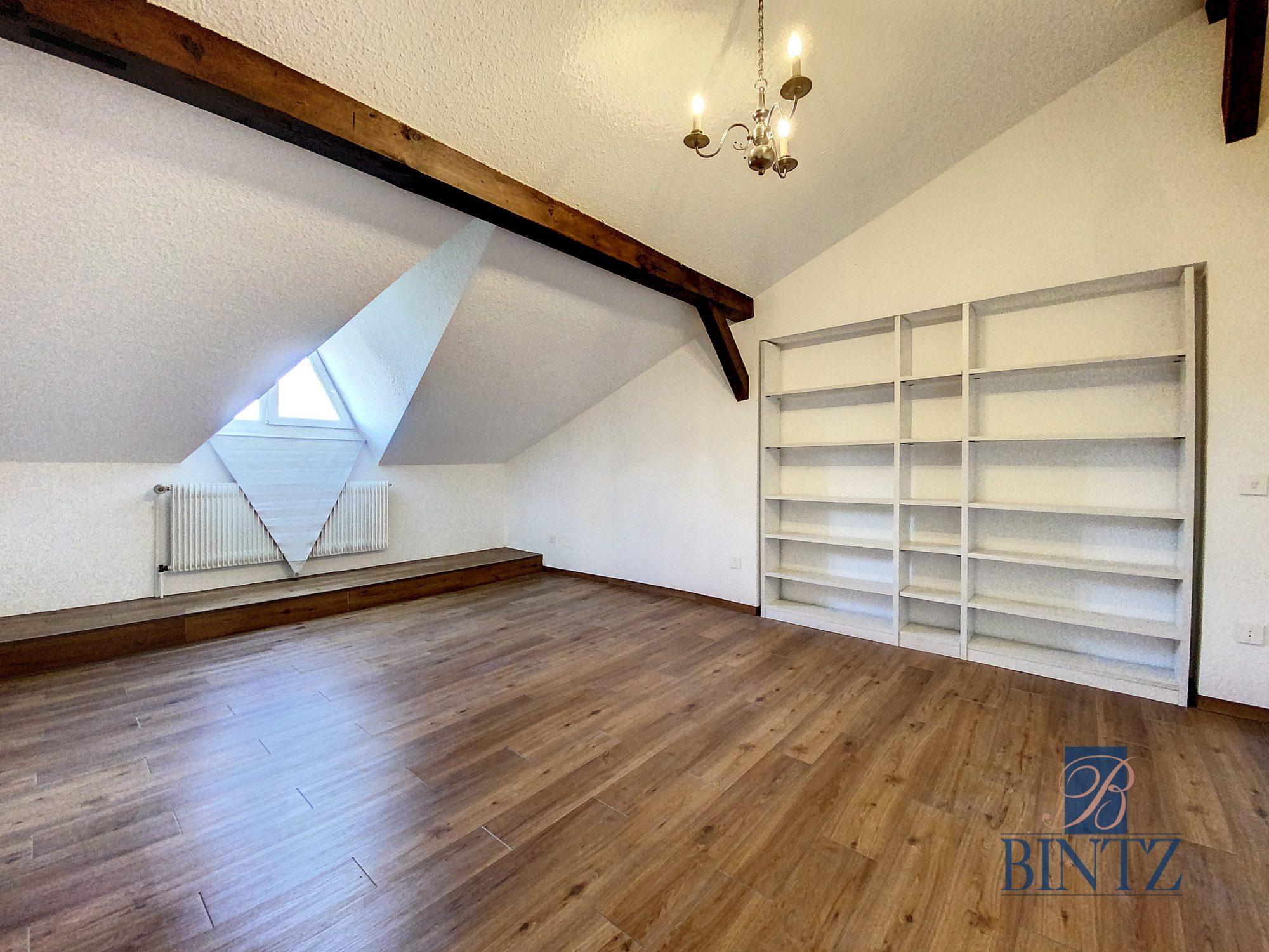 DUPLEX avec terrasse PLACE DE L'UNIVERSITÉ AVEC TERRASSE - Devenez locataire en toute sérénité - Bintz Immobilier - 15