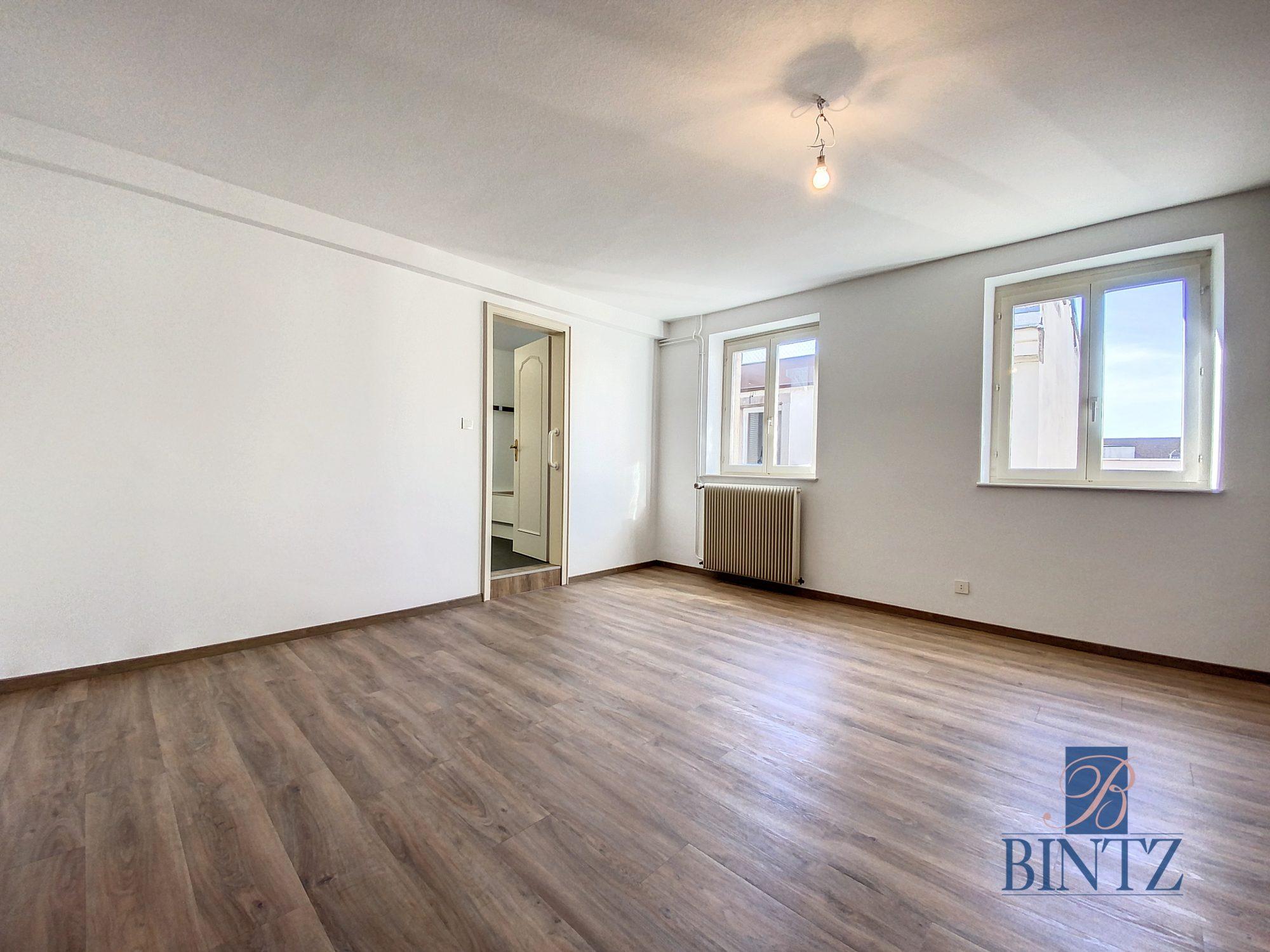 DUPLEX avec terrasse PLACE DE L'UNIVERSITÉ AVEC TERRASSE - Devenez locataire en toute sérénité - Bintz Immobilier - 18