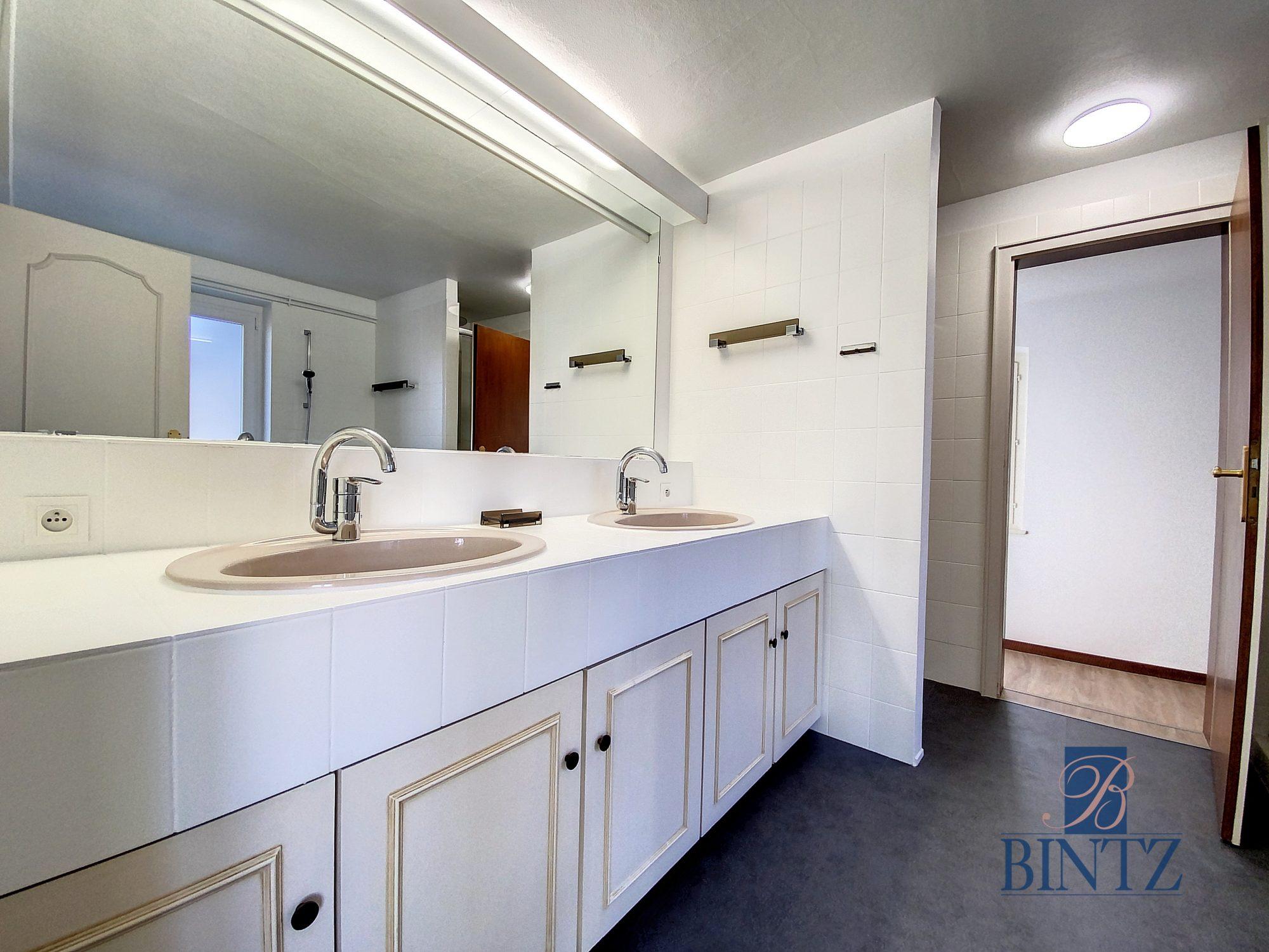 DUPLEX avec terrasse PLACE DE L'UNIVERSITÉ AVEC TERRASSE - Devenez locataire en toute sérénité - Bintz Immobilier - 19