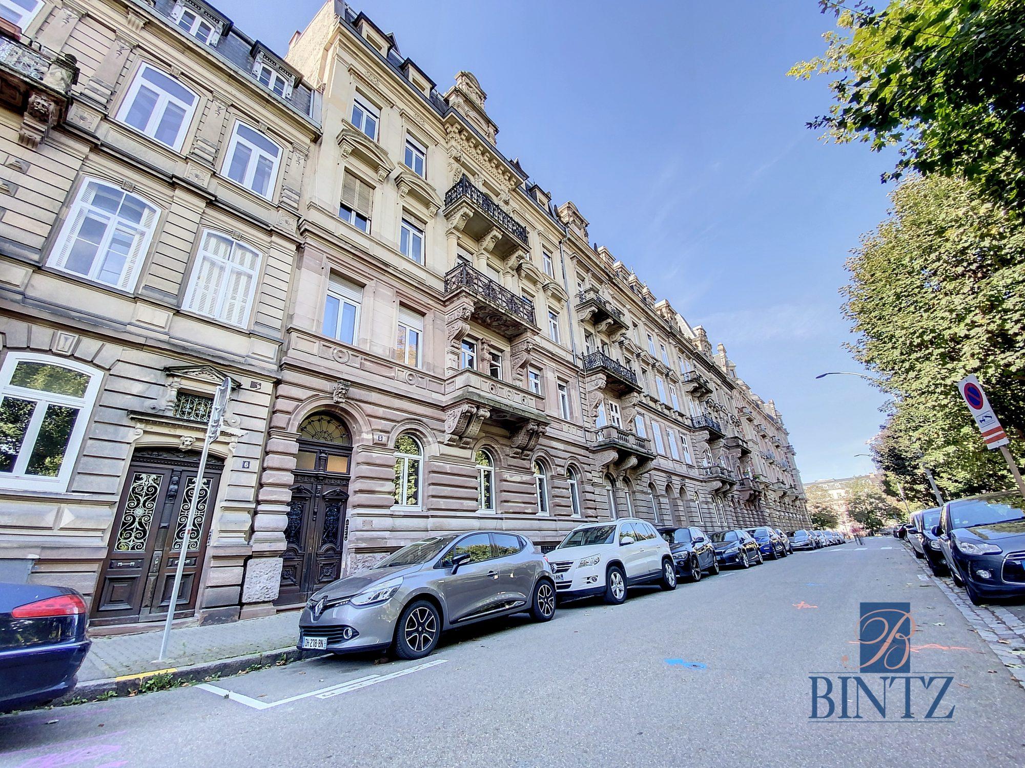 DUPLEX avec terrasse PLACE DE L'UNIVERSITÉ AVEC TERRASSE - Devenez locataire en toute sérénité - Bintz Immobilier - 5
