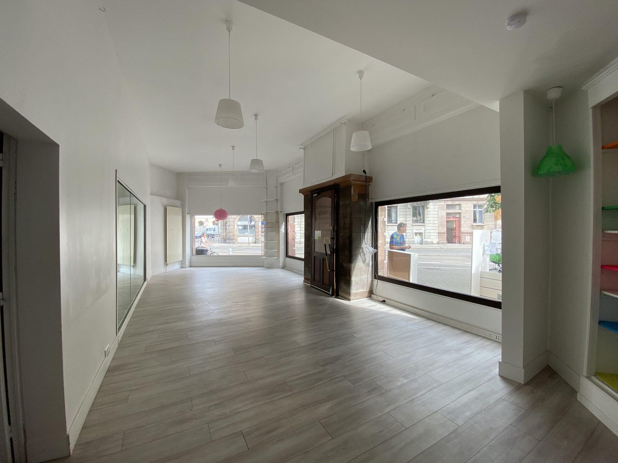 LOCAL COMMERCIAL A LOUER MUSEE D'ART MODERNE - Devenez locataire en toute sérénité - Bintz Immobilier - 6