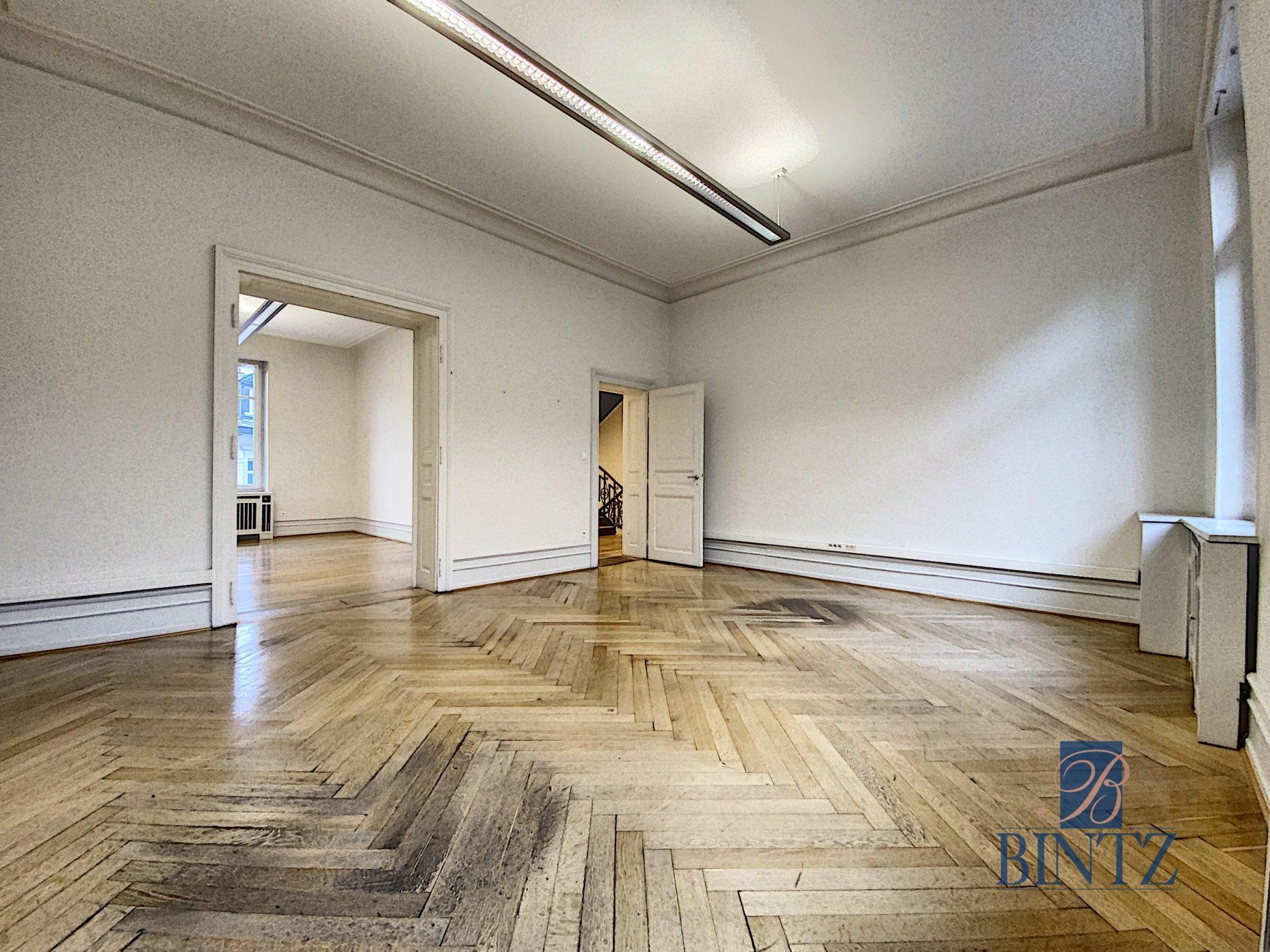 Immeuble de bureaux à louer - Devenez locataire en toute sérénité - Bintz Immobilier - 10