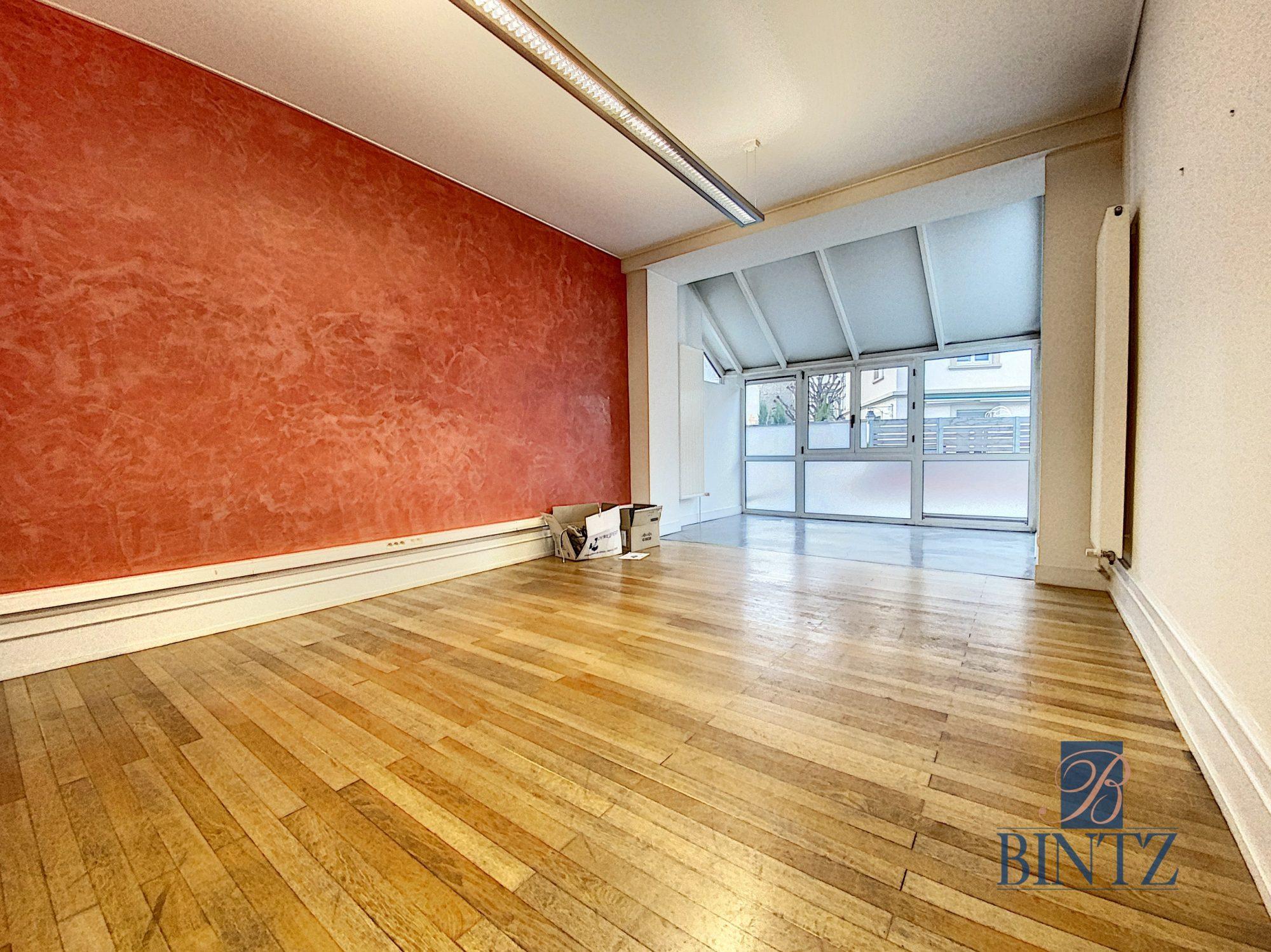 Immeuble de bureaux à louer - Devenez locataire en toute sérénité - Bintz Immobilier - 4