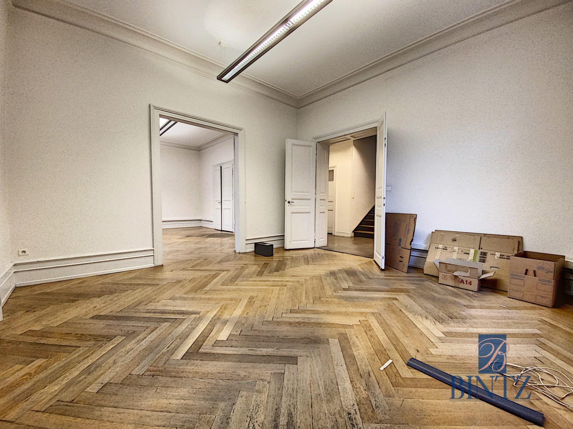 Immeuble de bureaux à louer - Devenez locataire en toute sérénité - Bintz Immobilier - 3