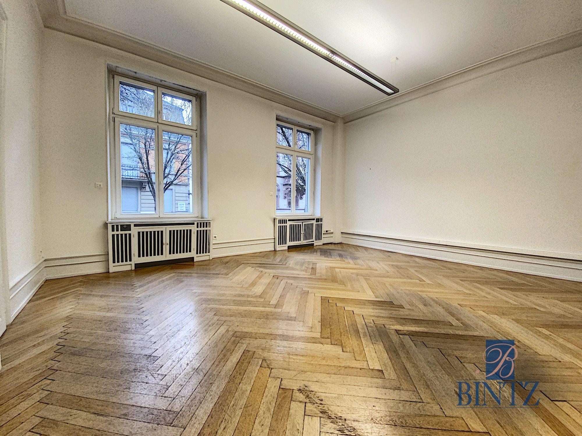 Immeuble de bureaux à louer - Devenez locataire en toute sérénité - Bintz Immobilier - 1