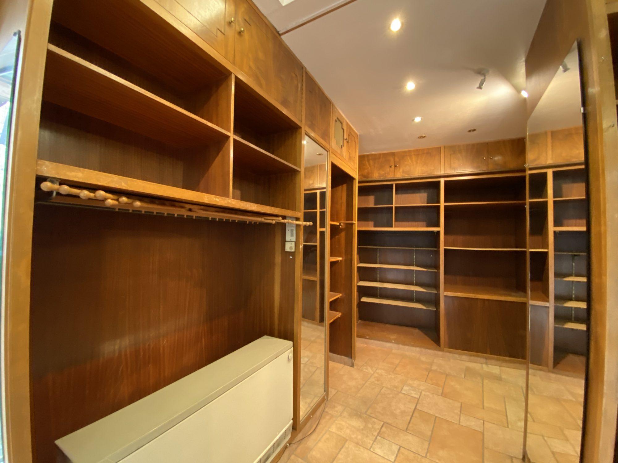 EMPLACEMENT N°1 CATHEDRALE LOCAL COMMERCIAL A LOUER - Devenez locataire en toute sérénité - Bintz Immobilier - 9