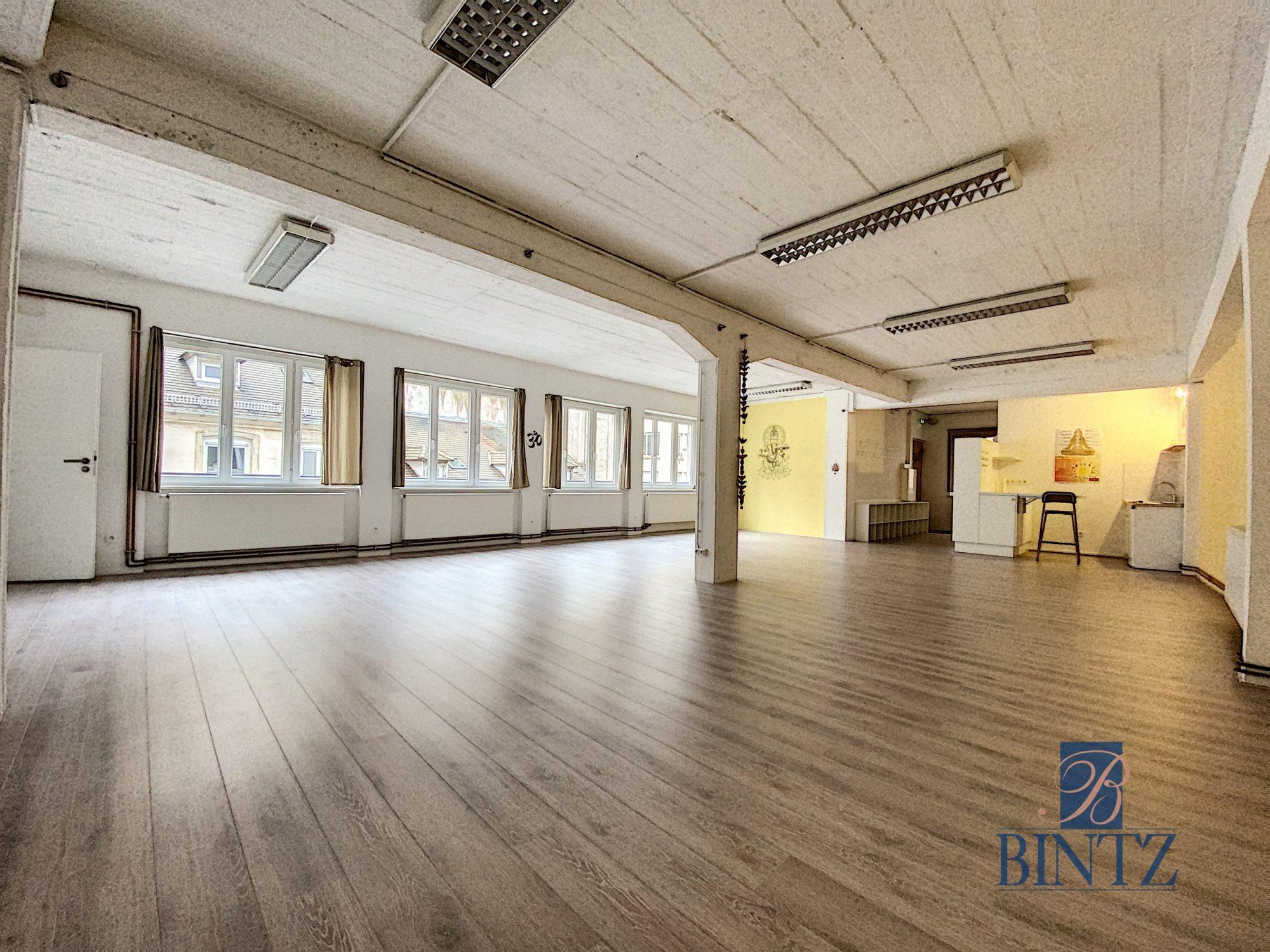 Plateau commercial à Louer Centre-ville - Devenez locataire en toute sérénité - Bintz Immobilier - 4
