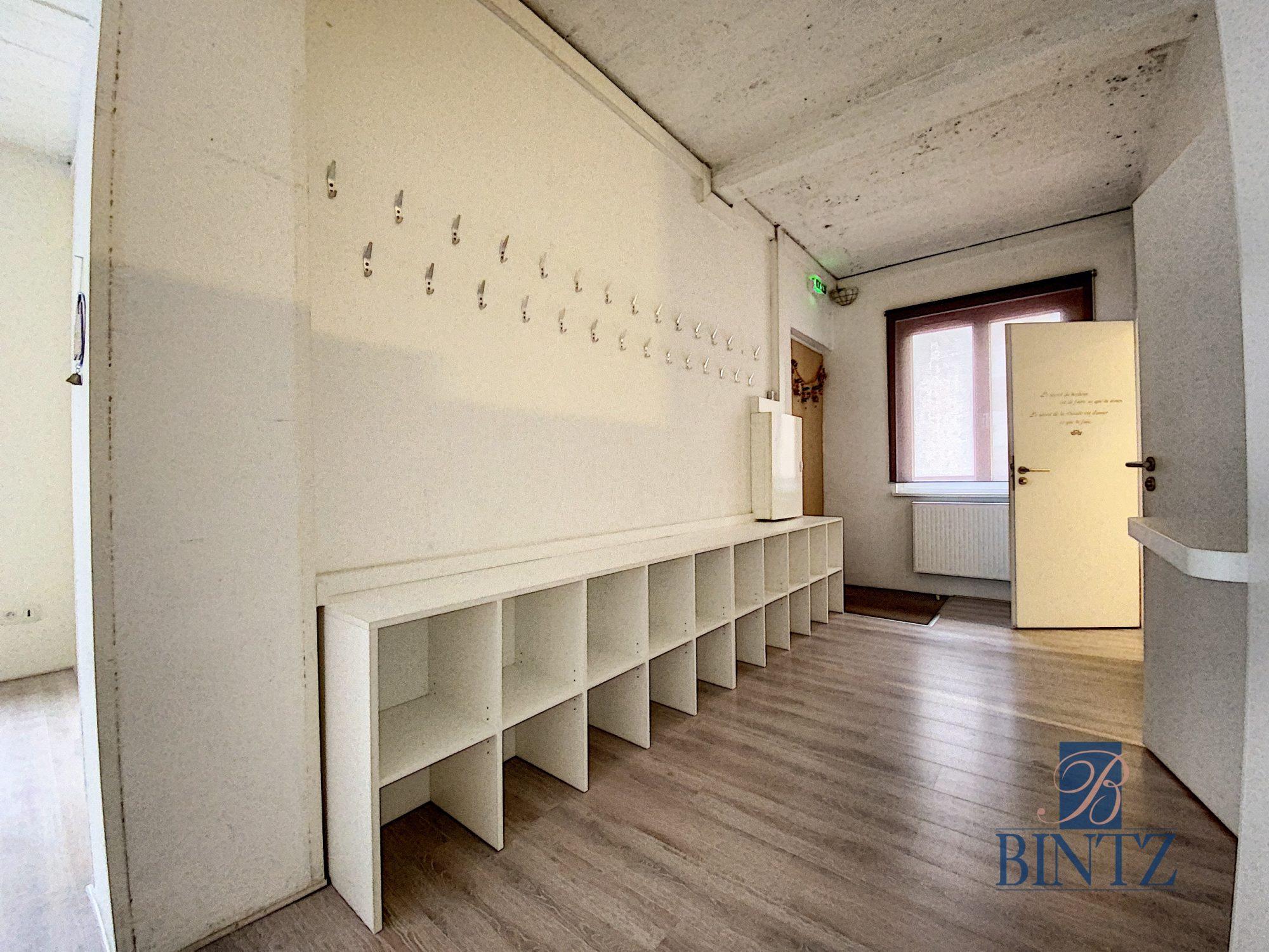 Plateau commercial à Louer Centre-ville - Devenez locataire en toute sérénité - Bintz Immobilier - 12