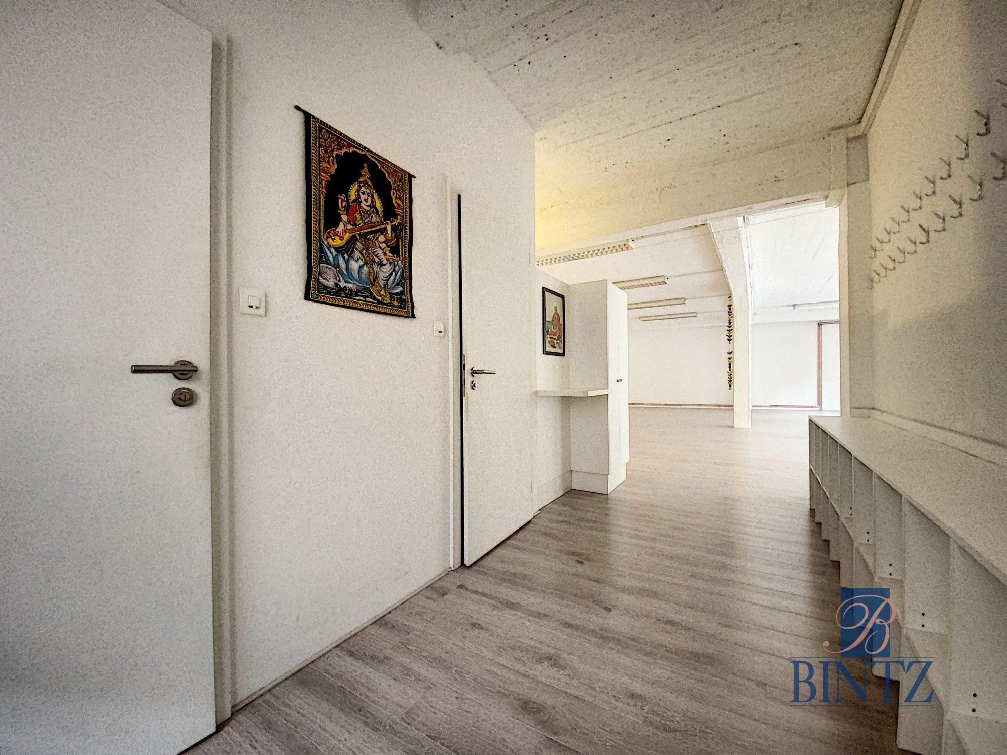 Plateau commercial à Louer Centre-ville - Devenez locataire en toute sérénité - Bintz Immobilier - 3
