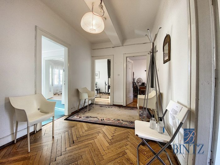 Local professionnel ERP 3 pièces + Salle d'attente - Devenez locataire en toute sérénité - Bintz Immobilier