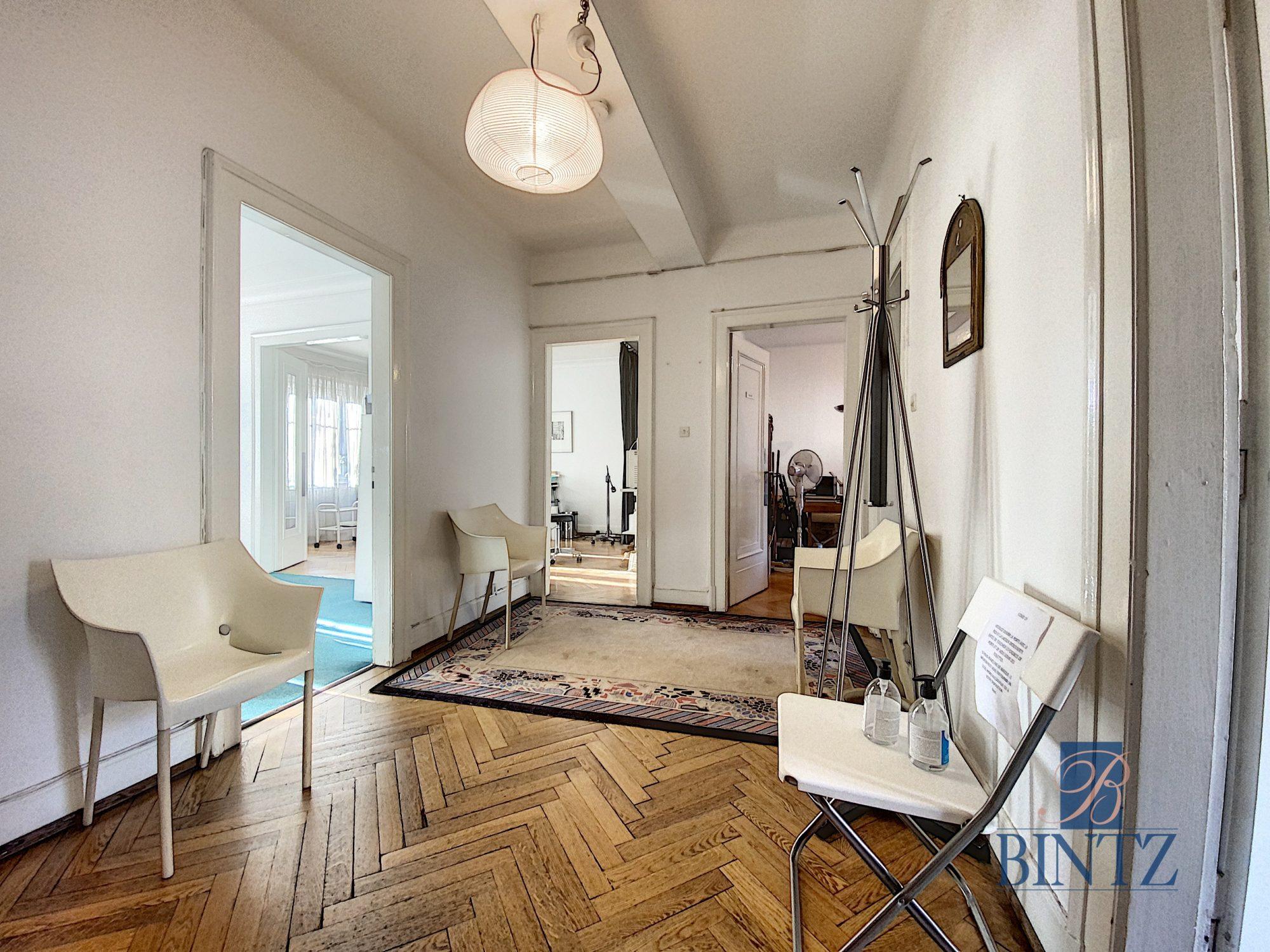 Local professionnel ERP 3 pièces + Salle d'attente - Devenez locataire en toute sérénité - Bintz Immobilier - 1