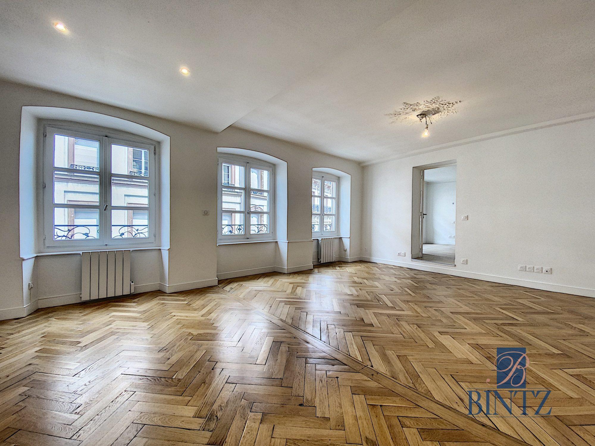HYPER CENTRE – 4P ENTIÈREMENT RÉNOVÉ - Devenez propriétaire en toute confiance - Bintz Immobilier - 1