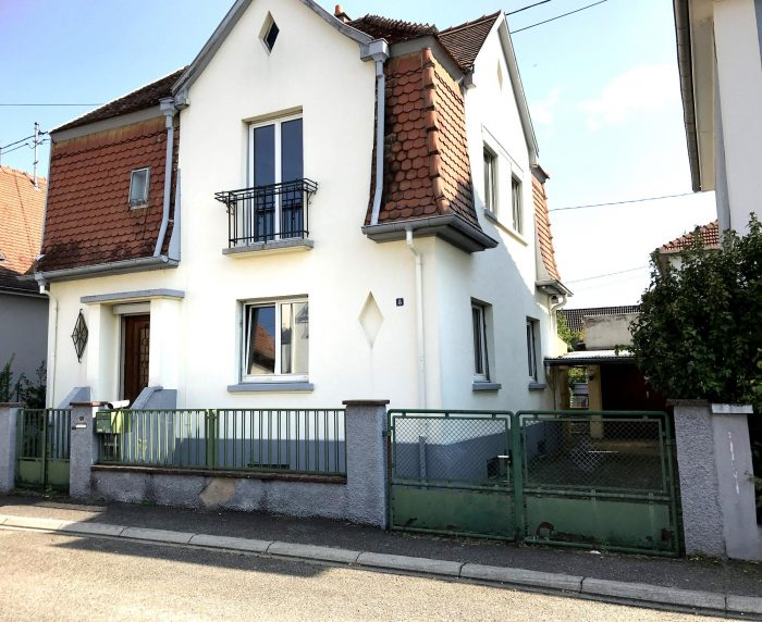 Maison années 30 à rénover - Devenez propriétaire en toute confiance - Bintz Immobilier