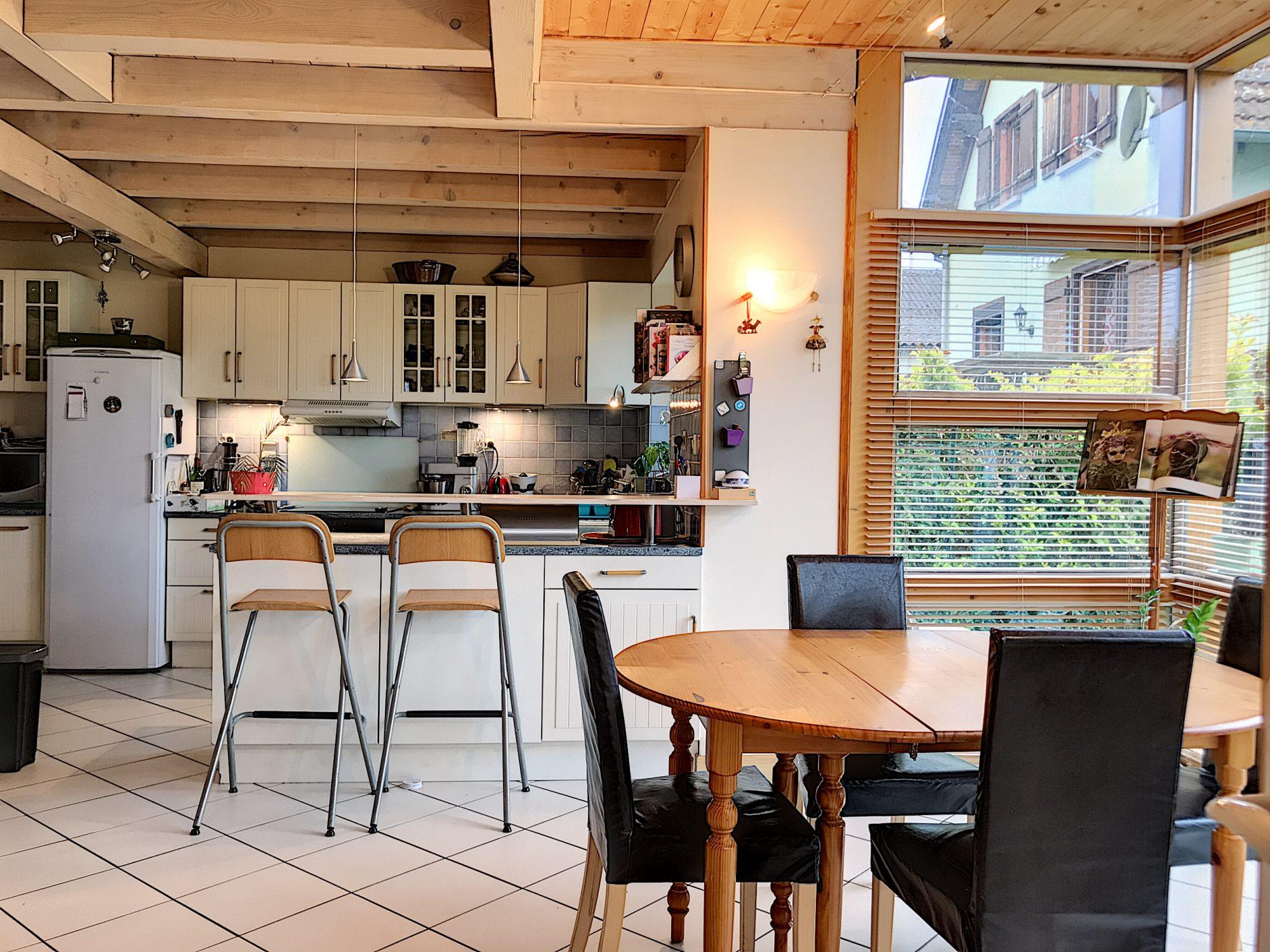 MAISON D'ARCHITECTE DE 7 PIÈCES - Devenez propriétaire en toute confiance - Bintz Immobilier - 2