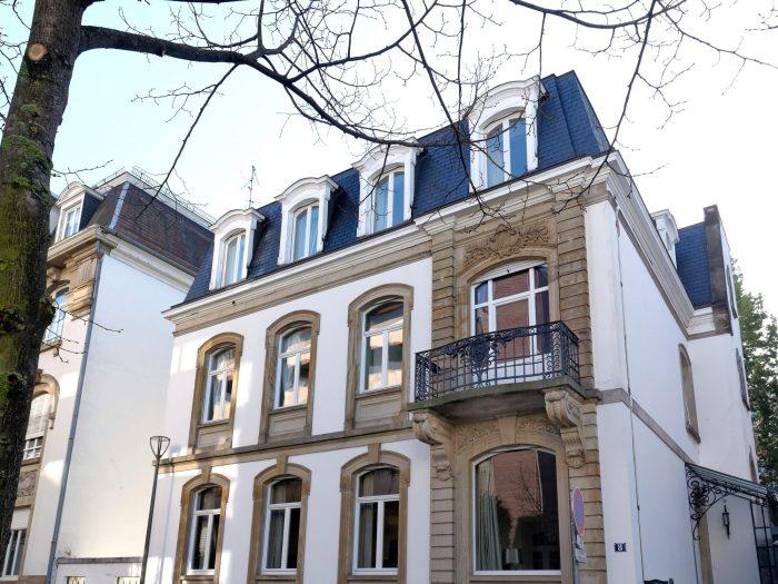 MAGNIFIQUE HOTEL PARTICULIER À STRASBOURG - Devenez propriétaire en toute confiance - Bintz Immobilier