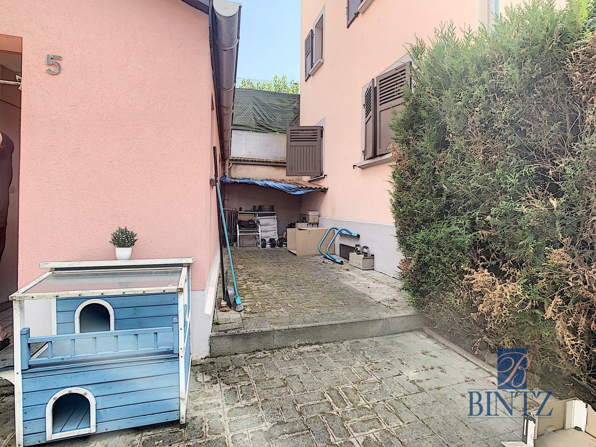 Pour investisseur : maison 2 pièces louée, avec garage fermé - Devenez propriétaire en toute confiance - Bintz Immobilier - 12