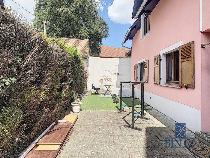 Pour investisseur : maison 2 pièces louée, avec garage fermé - Devenez propriétaire en toute confiance - Bintz Immobilier