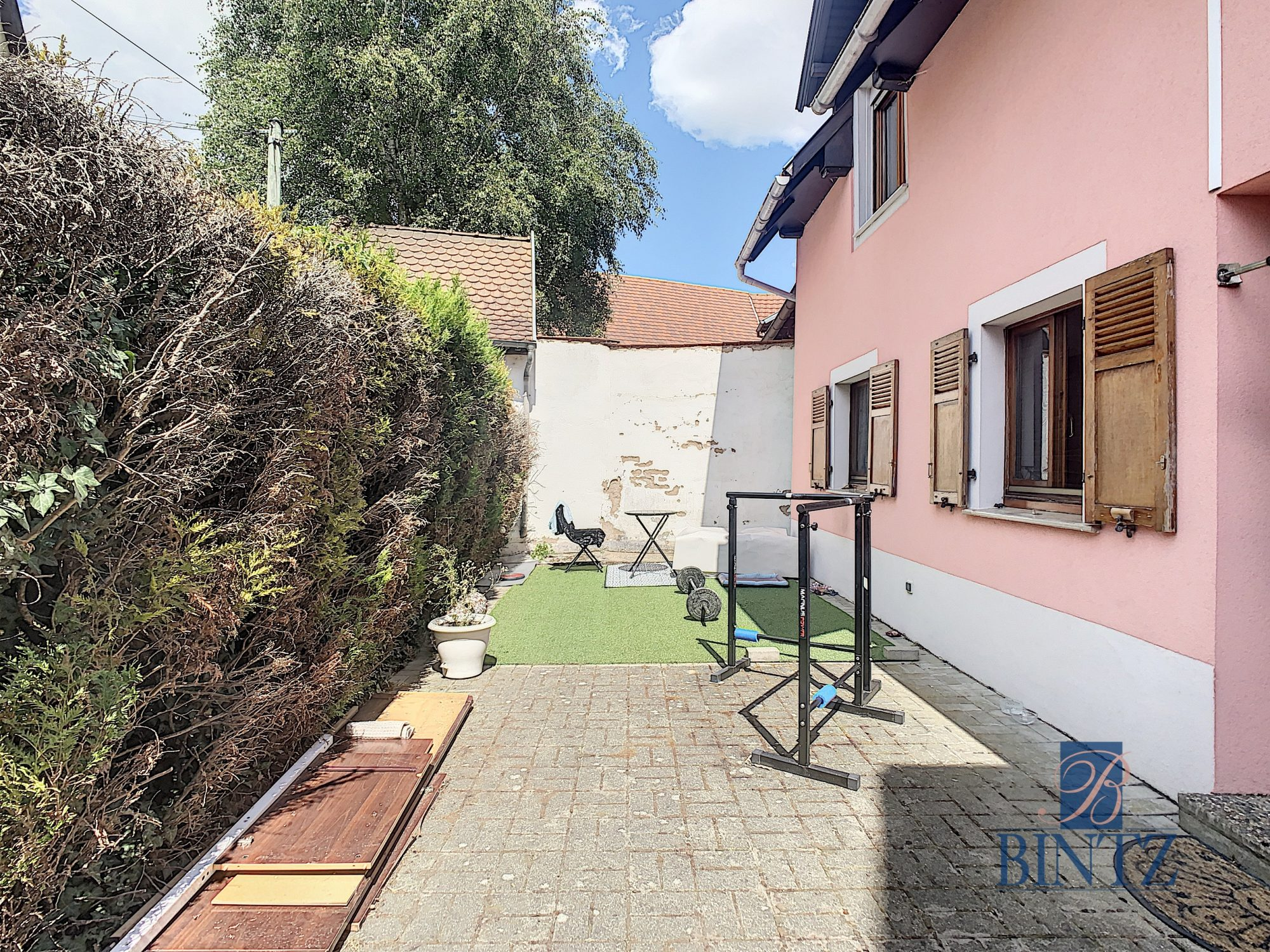 Pour investisseur : maison 2 pièces louée, avec garage fermé - Devenez propriétaire en toute confiance - Bintz Immobilier - 1