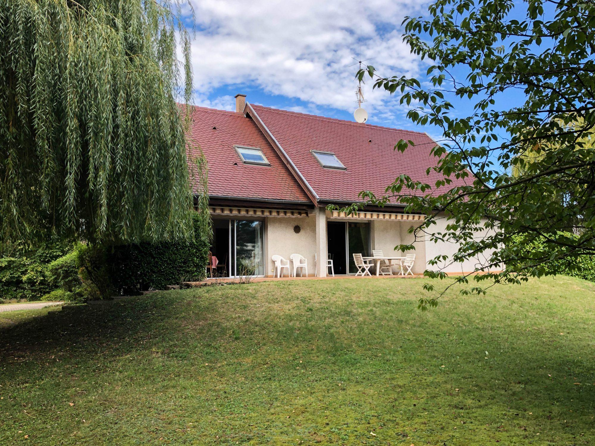 Maison individuelle 8 pièces de 250m2 à Illkirch-Graffenstaden - Devenez propriétaire en toute confiance - Bintz Immobilier - 1