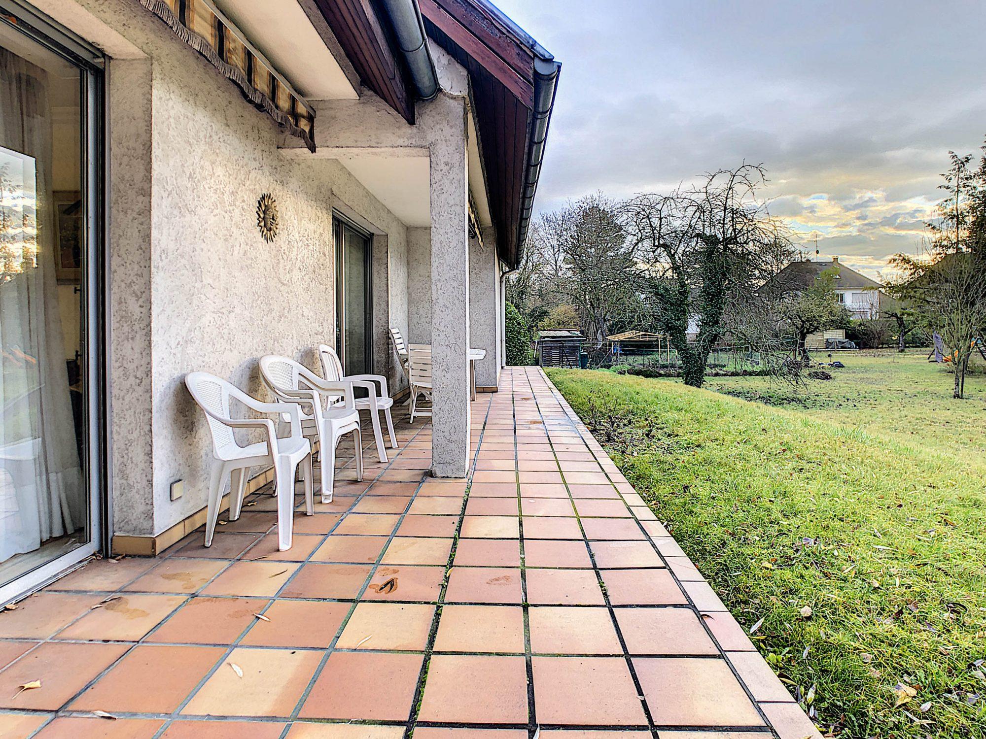 Maison individuelle 8 pièces de 250m2 à Illkirch-Graffenstaden - Devenez propriétaire en toute confiance - Bintz Immobilier - 3