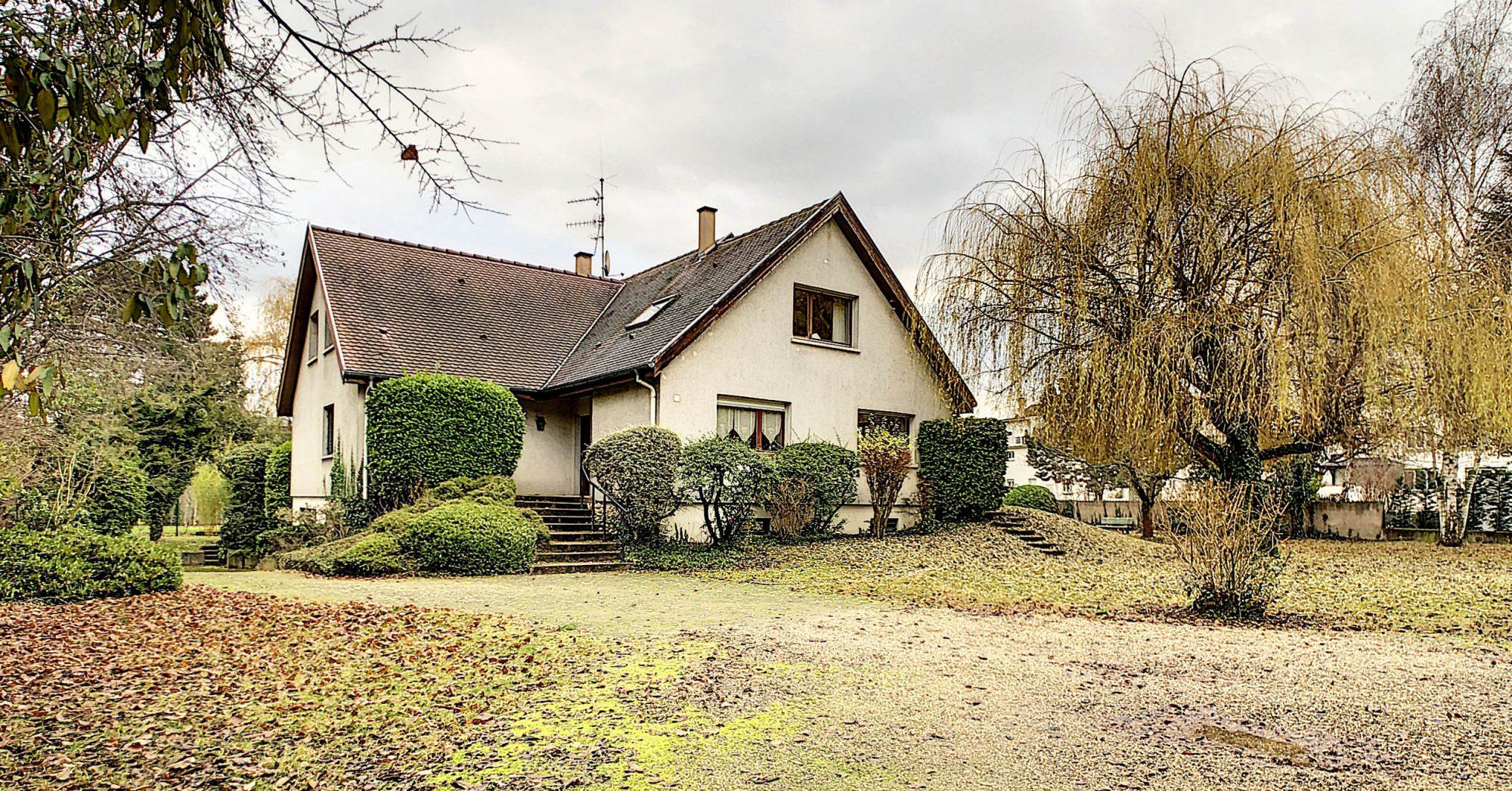 Maison individuelle 8 pièces de 250m2 à Illkirch-Graffenstaden - Devenez propriétaire en toute confiance - Bintz Immobilier - 2
