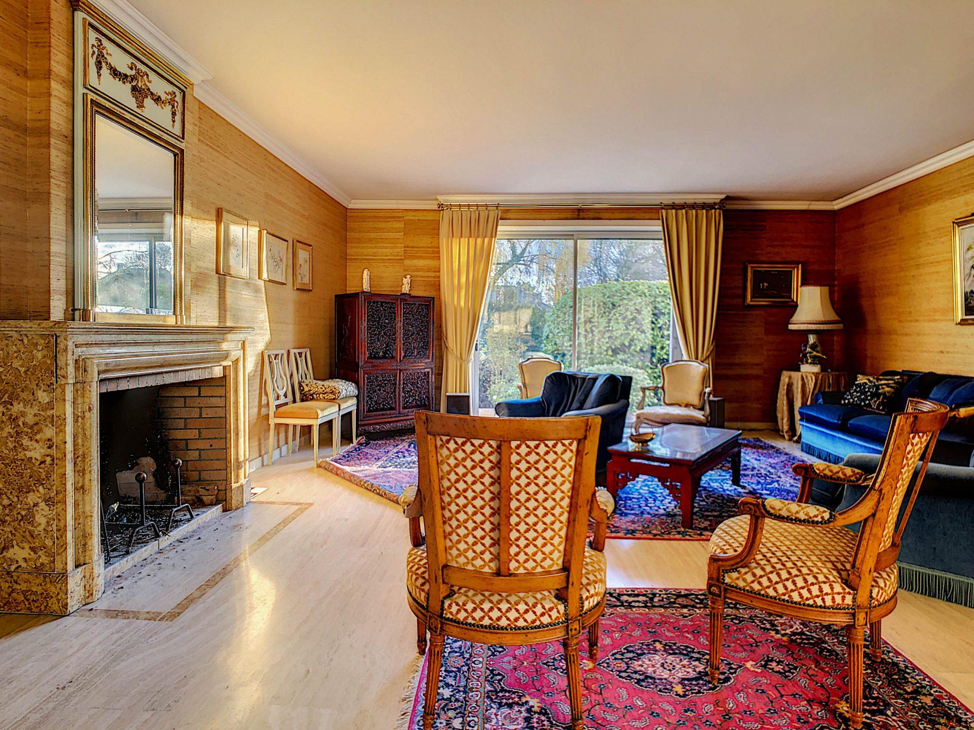 Maison individuelle 8 pièces de 250m2 à Illkirch-Graffenstaden - Devenez propriétaire en toute confiance - Bintz Immobilier - 4