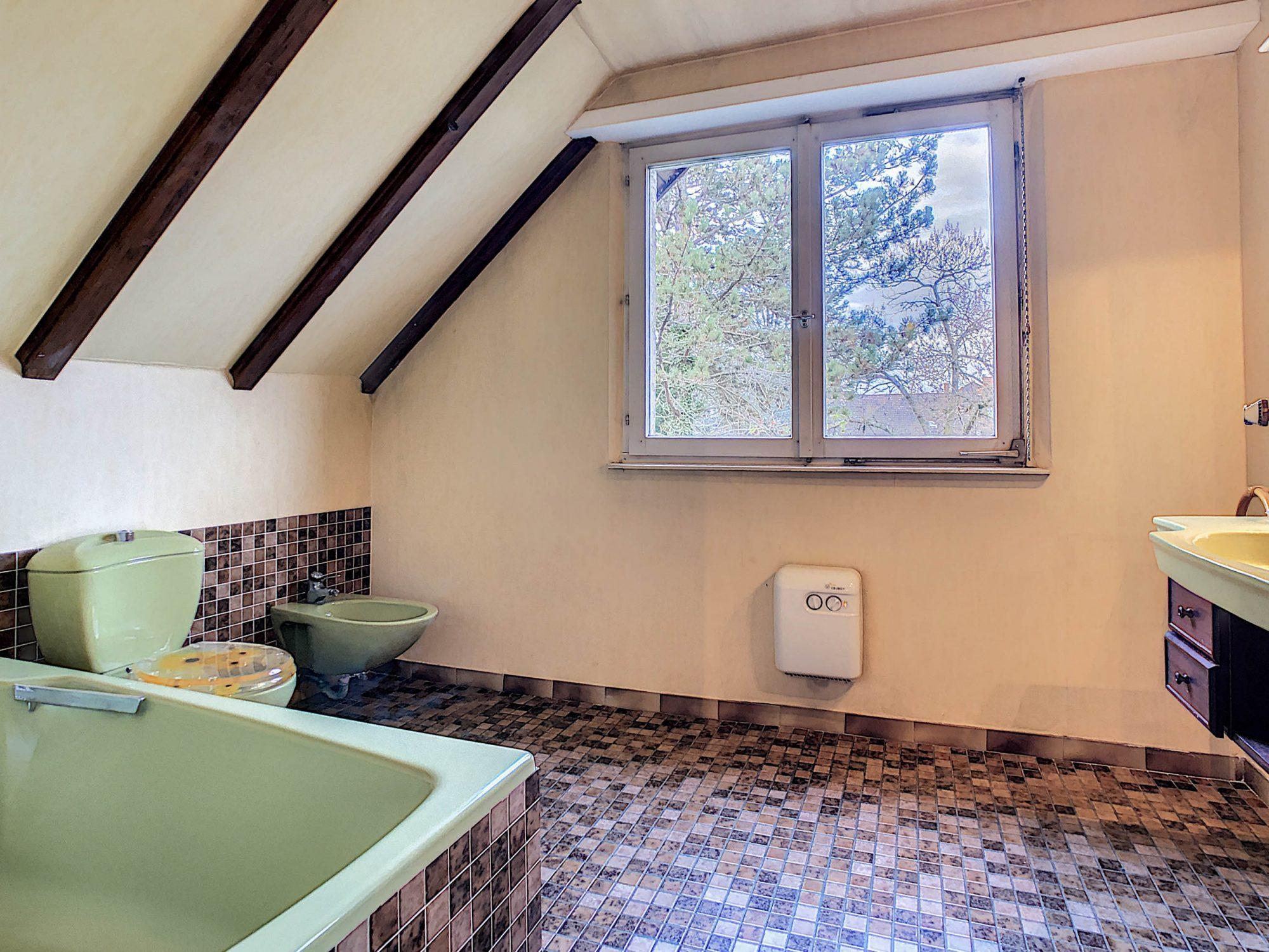 Maison individuelle 8 pièces de 250m2 à Illkirch-Graffenstaden - Devenez propriétaire en toute confiance - Bintz Immobilier - 17