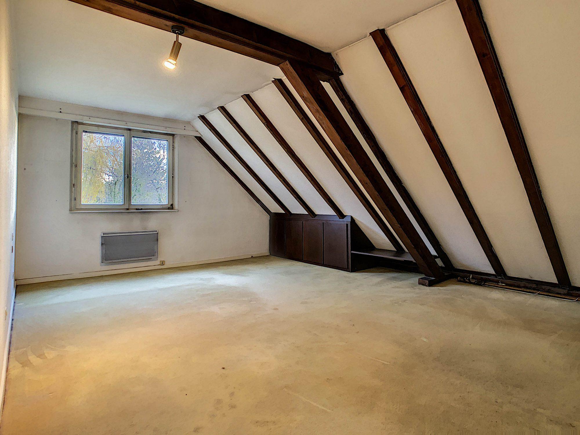 Maison individuelle 8 pièces de 250m2 à Illkirch-Graffenstaden - Devenez propriétaire en toute confiance - Bintz Immobilier - 19