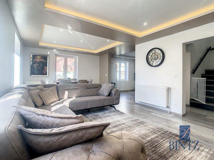 Maison 5 pièces rénovée en 2021 - Devenez propriétaire en toute confiance - Bintz Immobilier