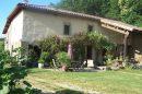 Maison 250 m² Saint-Christophe-et-le-Laris  5 pièces