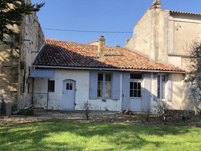 photo de Maison de bourg avec jardin