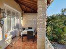 225 m² 8 pièces  Maison