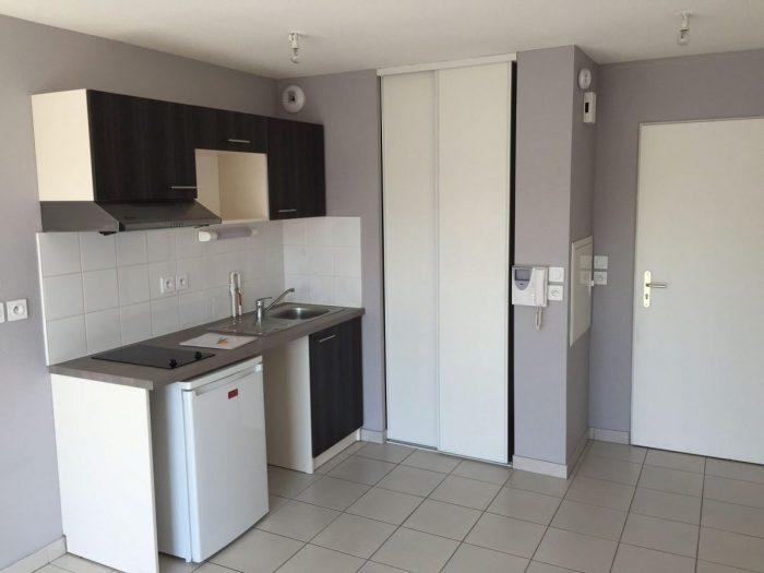 SOMAIN SOMAIN DOUAI VALENCIENNES LILLE CARVIN 38 m² 2 pièces  Appartement