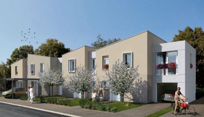 CARVIN CARVIN LILLE 81 m² 4 pièces Maison