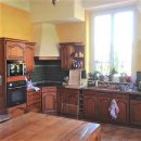 Maison   400 m² 8 pièces