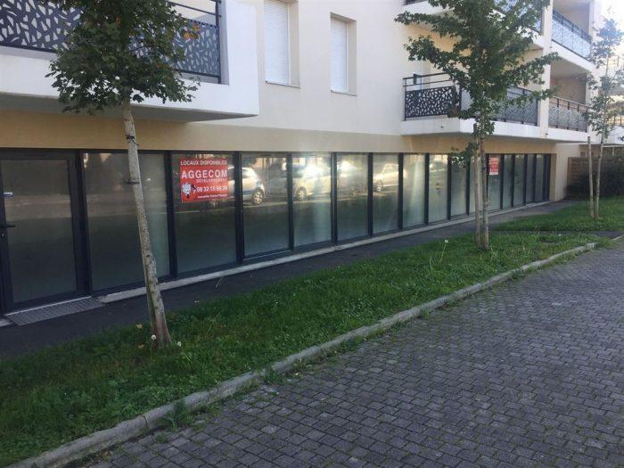 Vitrine Sur Un Axe Passant Nantes Sud Rezé