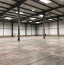 Entrepôt récent de 2 934 m²