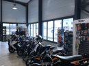 Batiment industriel de vente de cycles et motos