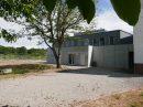 Immeuble   2400 m²  pièces