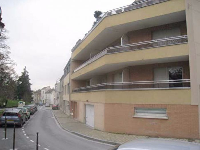 Location annuelle Appartement REIMS 51100 Marne FRANCE