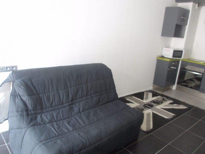 Beau studio meublé