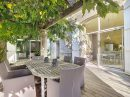 Maison   210 m² 8 pièces