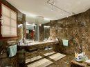 296 m²  10 pièces Maison