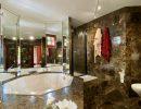 10 pièces   Maison 296 m²