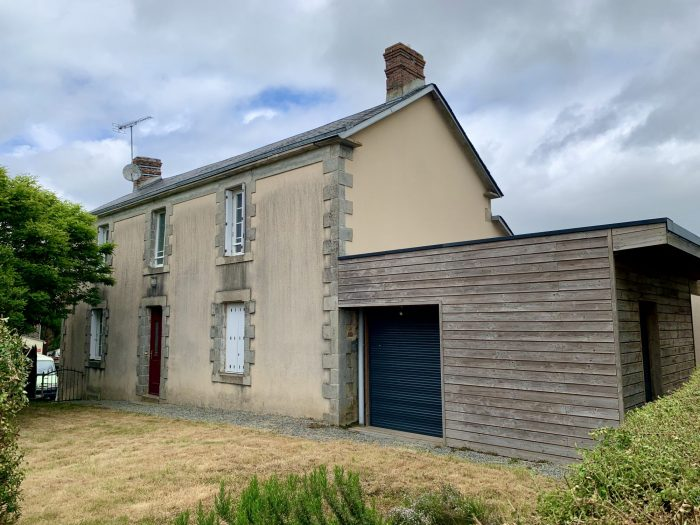 3 bed property on the edge of a village