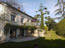 Maison   195 m² 7 pièces