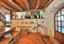 Maison  218 m² 6 pièces