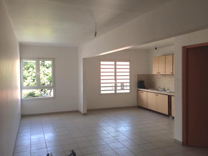 Location annuelle Appartement LE FRANCOIS 97240 Martinique FRANCE